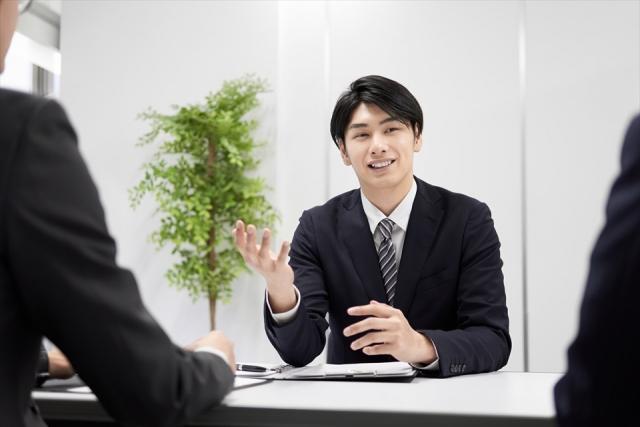 契約社員と正社員の違いとは?